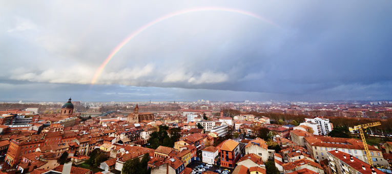 toulouse-france-rainbow
