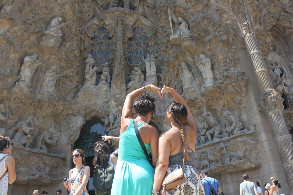 Listing Pic - Barcelona NEW